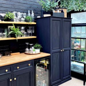 Rustic Shelves_Home_Setting