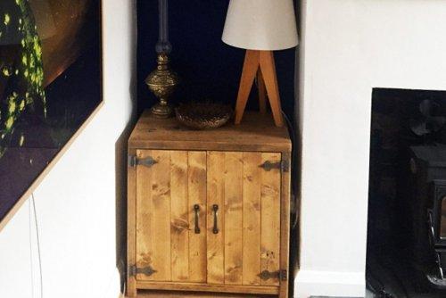 Small cupboard unit