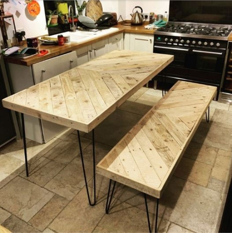 Pallet wood chevron table and bench