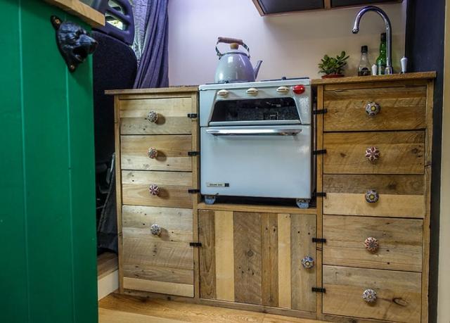 Van conversion kitchen unit using reclaimed pallet wood by Wild Van Travels